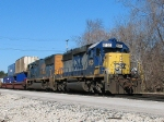 CSX 8135 Broadside shot of Q160